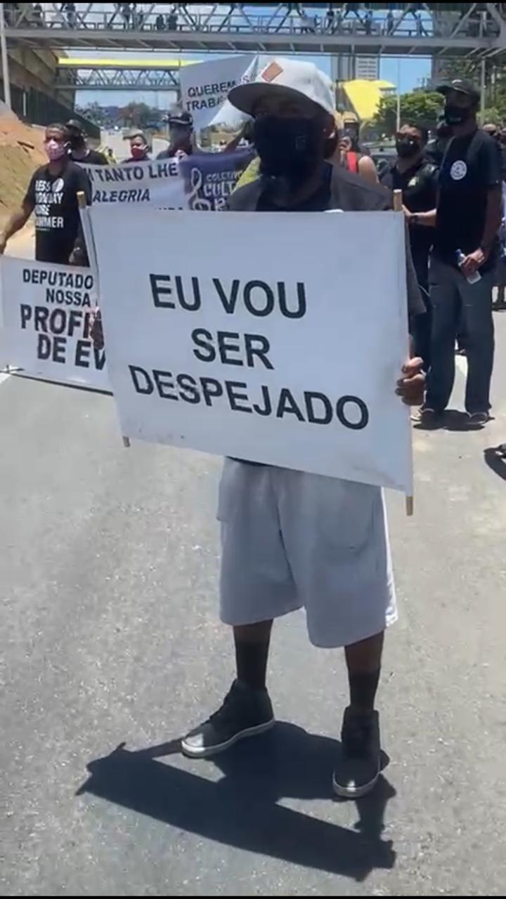 Manifestação é realizada por profissionais do entretenimento de Salvador, que estão sem trabalhar desde o início da pandemia. 21