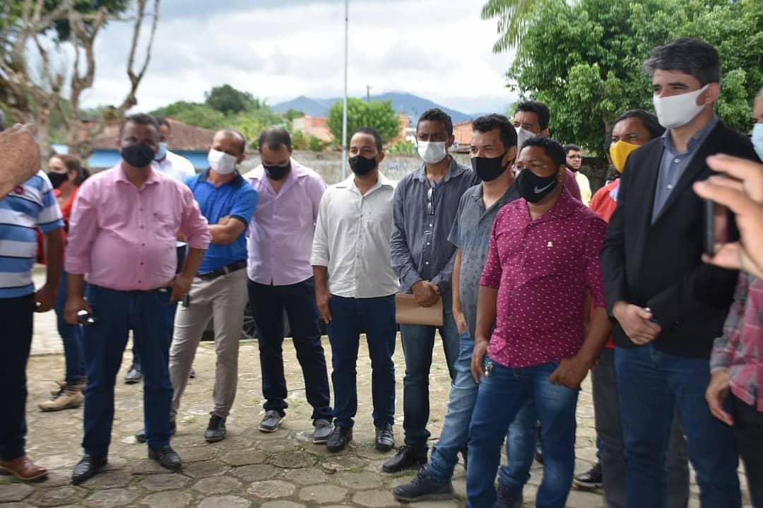 Camacã: Ordem de serviço da reforma da feira livre de São João do Panelinha é assinada 29