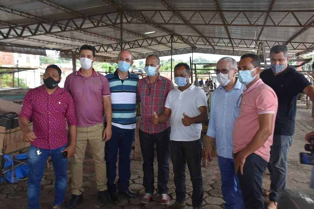 Camacã: Ordem de serviço da reforma da feira livre de São João do Panelinha é assinada 23