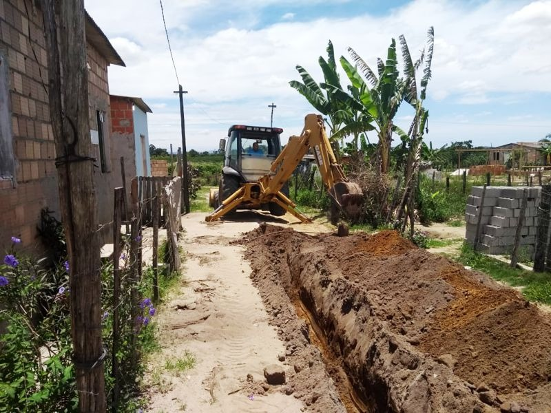 Moradores do Nova Vitória, no distrito Colônia, em Eunápolis, terão água encanada 25