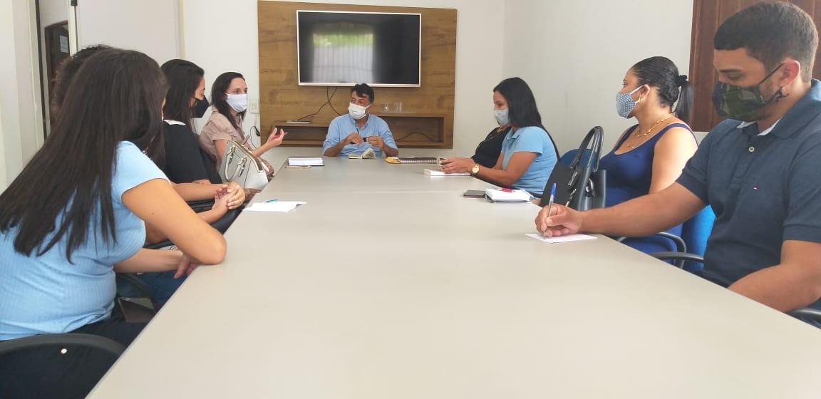 Prefeitura e Defensoria Pública mantêm entendimentos quanto a destinação dos resíduos sólidos, em Eunápolis 21