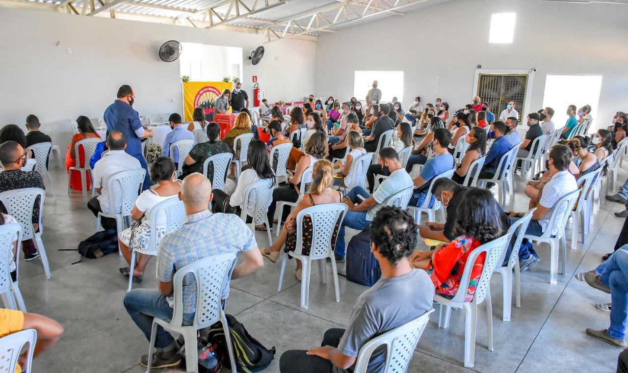 Porto Seguro: Concursados da Educação estão sendo encaminhados para as escolas 21