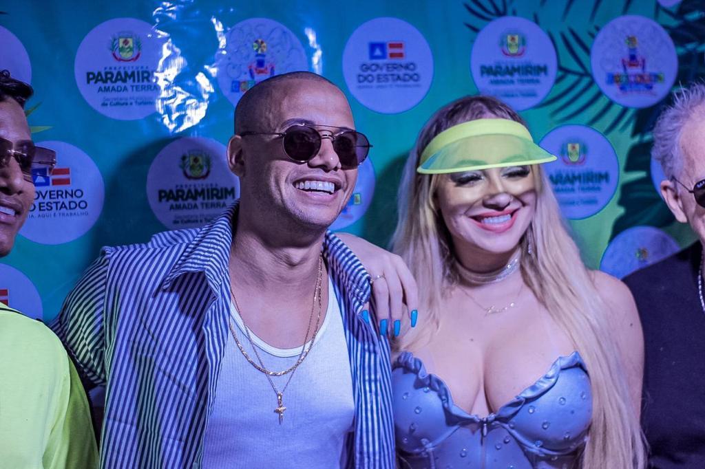 Fabinho abre o carnaval com chave de ouro na sexta em Paramirim 25