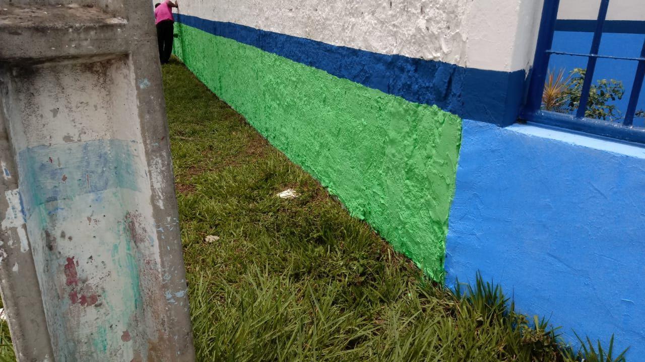 Prefeitura de Eunápolis esclarece sobre pintura das escolas da rede municipal de ensino 26