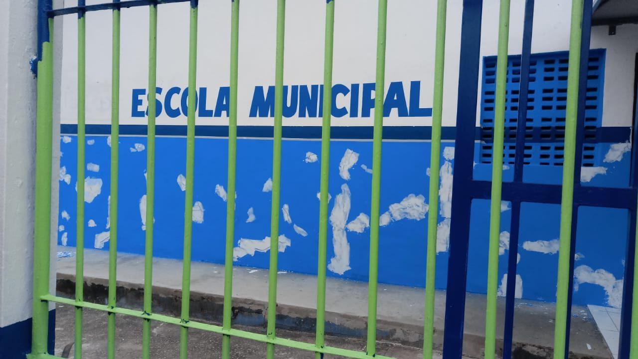 Prefeitura de Eunápolis esclarece sobre pintura das escolas da rede municipal de ensino 25