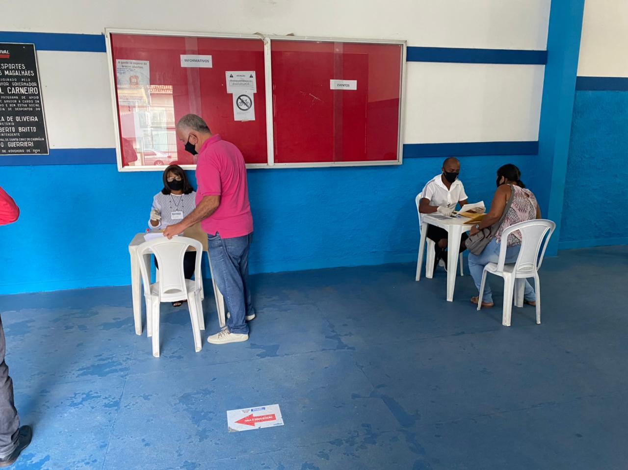 Segurança e organização marcaram o primeiro dia de recadastramento dos servidores da Prefeitura de Eunápolis 23