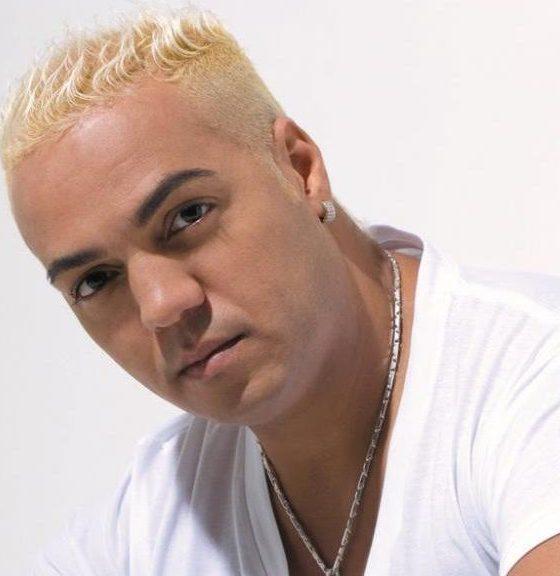 Belo é preso por show lotado em escola no Rio de Janeiro durante a pandemia 16