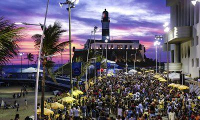 """Cientista alerta sobre possibilidade de não ter carnaval em 2022: """"se nada for feito, não haverá solução"""" 27"""