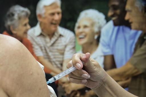 Eunápolis: Vacinação de idosos acima de 95 anos começa segunda, 8 18