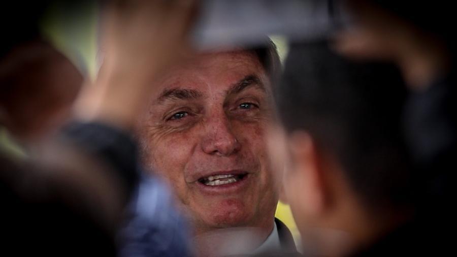 """Bolsonaro promete novas mudanças: """"vamos meter o dedo na energia elétrica"""" 18"""