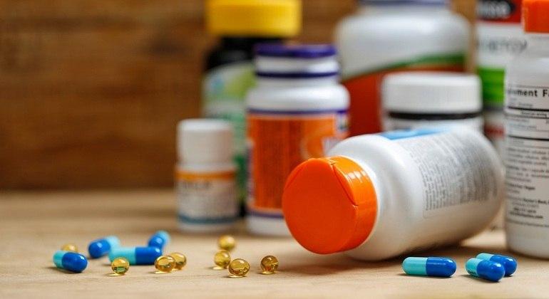 Zinco e vitamina C são inúteis contra covid-19, mostra estudo 18