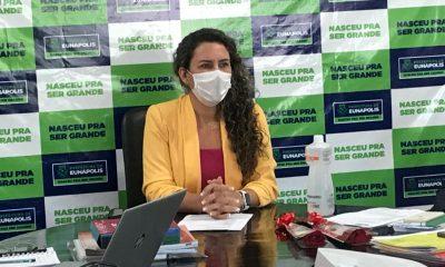 Prefeita de Eunápolis sanciona lei que atualiza o índice do IPTU de 24,52 para 4,52% 24