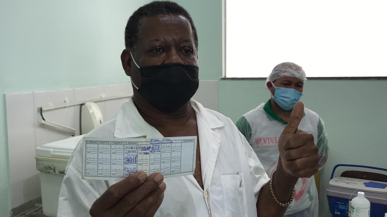 Idosos acima de 75 anos são vacinados neste sábado, 20, em Eunápolis 23