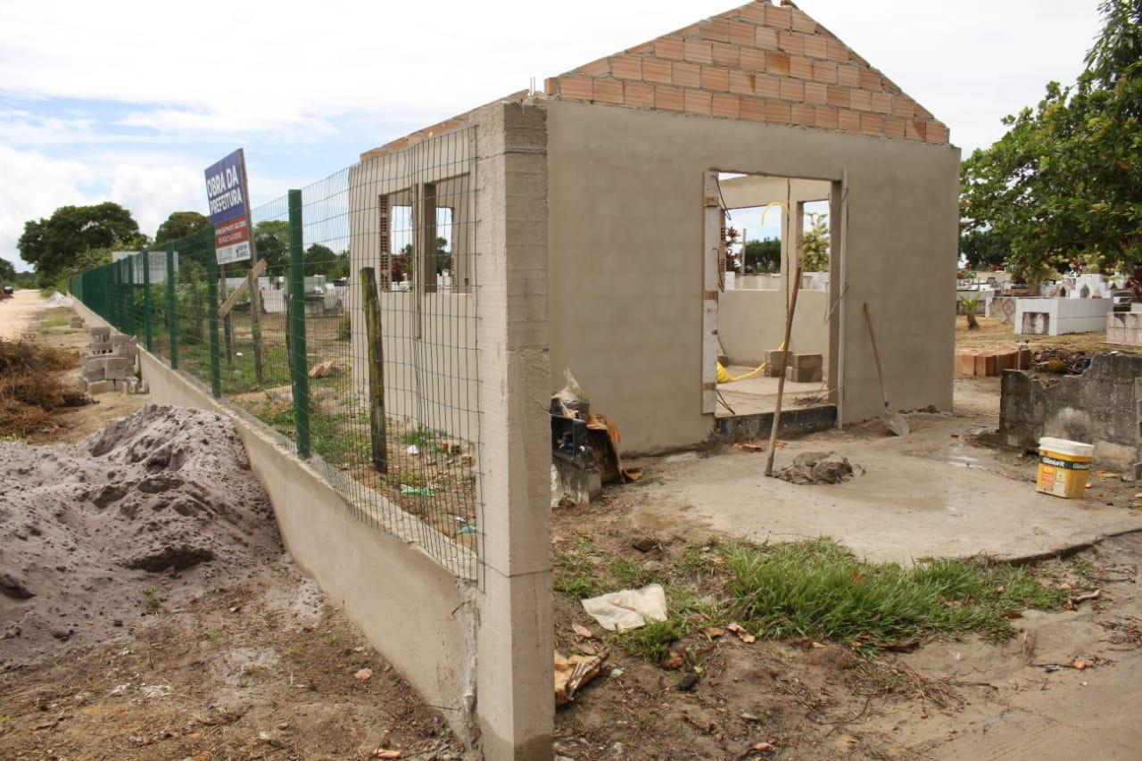 Prefeitura de Eunápolis inicia restauração Cemitério da Saudade, no Sapucaeira 25