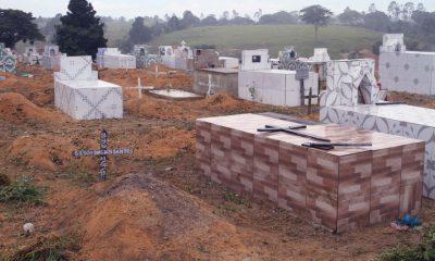 Prefeitura de Eunápolis inicia restauração Cemitério da Saudade, no Sapucaeira 15