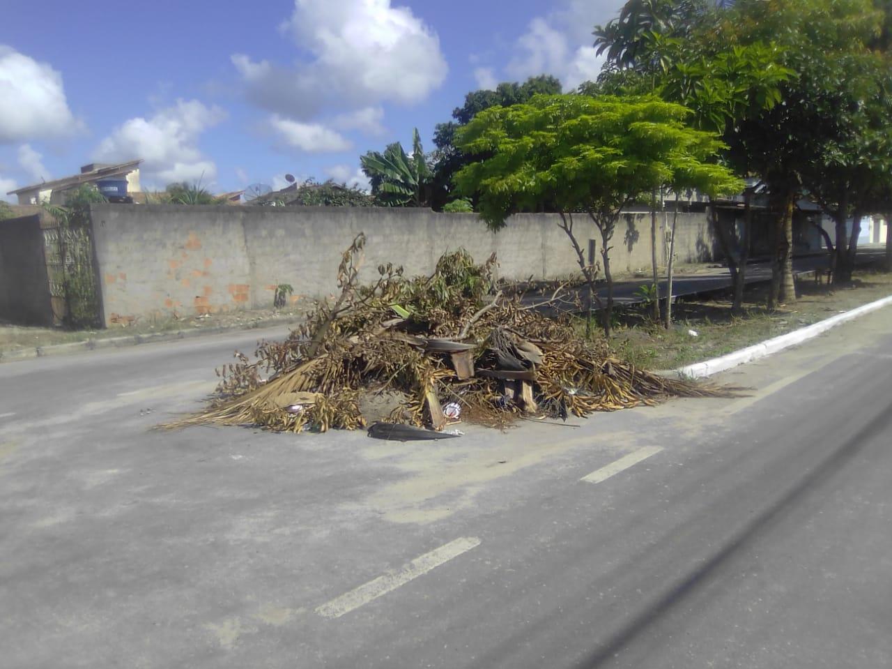 Eunápolis promove remoção de entulho e limpeza nos bairros Antares, Dinah Borges, Paquetá e Sapucaeira 28
