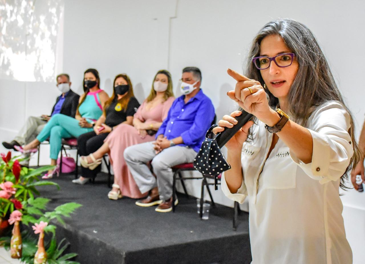 Em comemoração ao Dia Internacional da Mulher, o Prefeito Jânio Natal esteve presente na manhã desta segunda-feira 8 de março, em um café da manhã para homenagear as mulheres no Porto Seguro Eco Bahia. 28