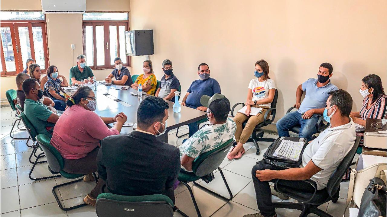 Porto Seguro:Prefeito e Secretários Atendem Demandas da Comunidade Indígena 21