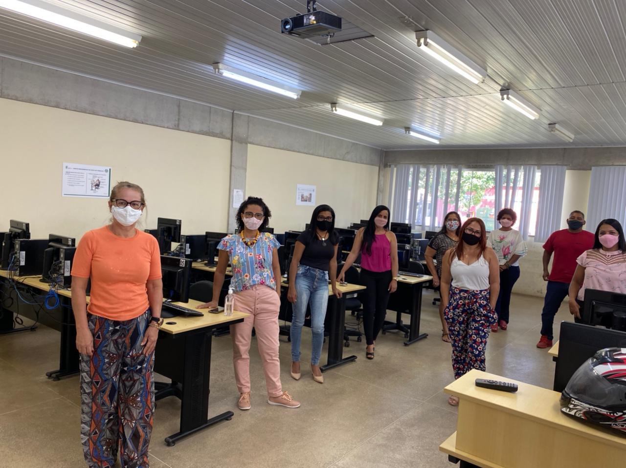 Curso de Formação Tecnológica capacitou coordenadores pedagógicos, em Eunápolis 20
