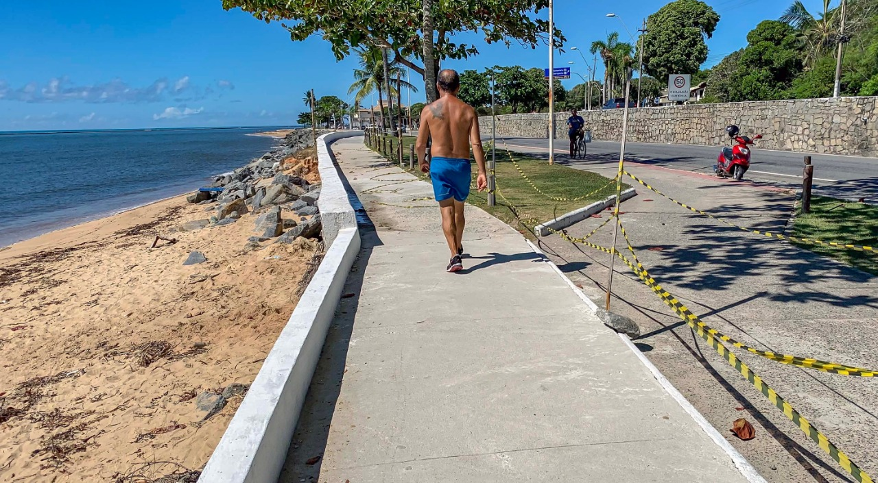 Porto Seguro: Calçadão da Praça das Pitangueiras recebe reparos 20