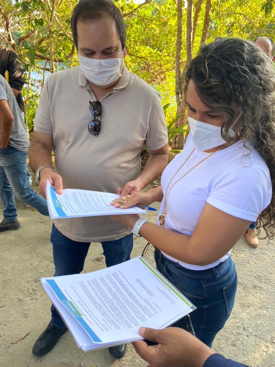 Em Eunápolis, Elmar Nascimento e a Prefeita Cordélia Torres assinam projeto de reurbanização do Parque Ecológico Gravatá. 22