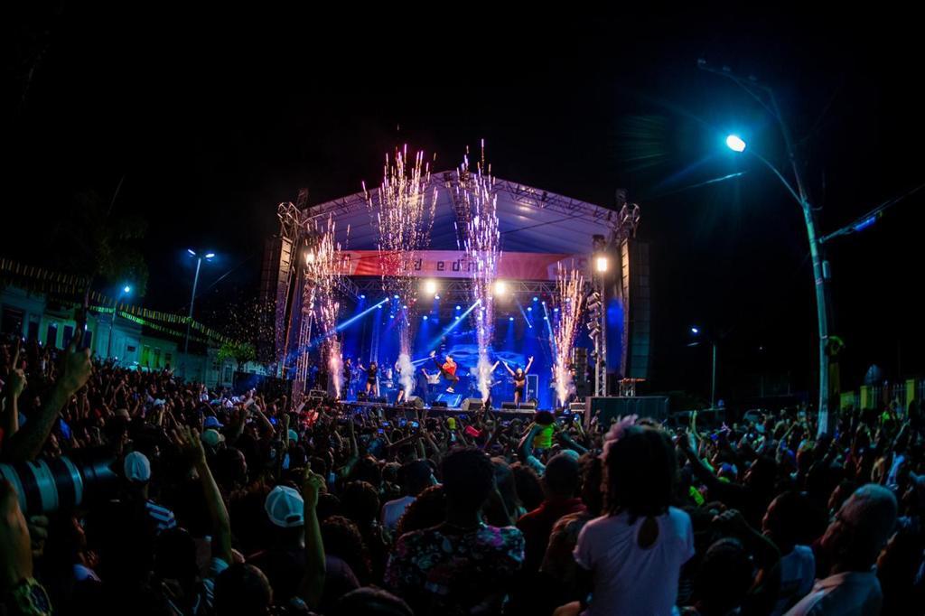 Itaparica: Festival da Independência atrai gente do mundo inteiro 42