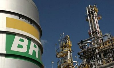 Petrobras anuncia reajuste nas refinarias de 4,8% na gasolina e 5% no diesel 35