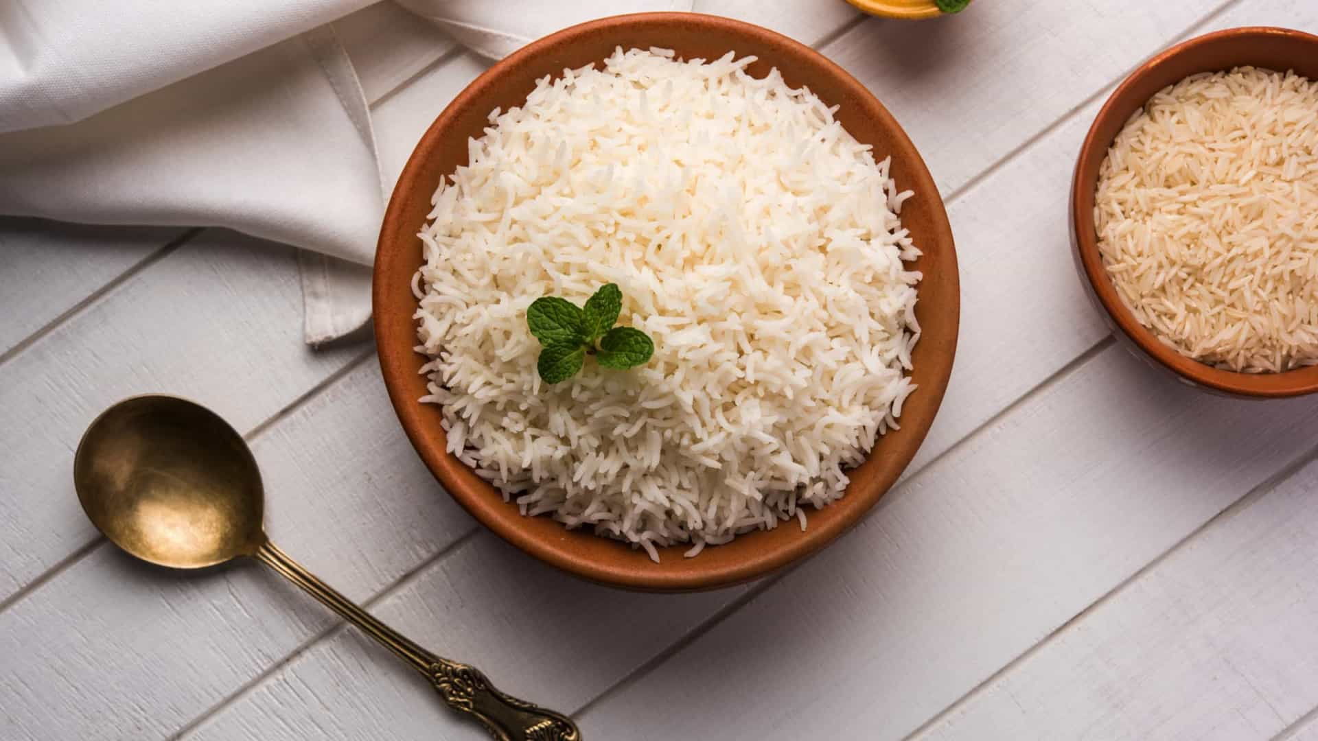 Três coisas que acontecem ao seu corpo quando come arroz 18