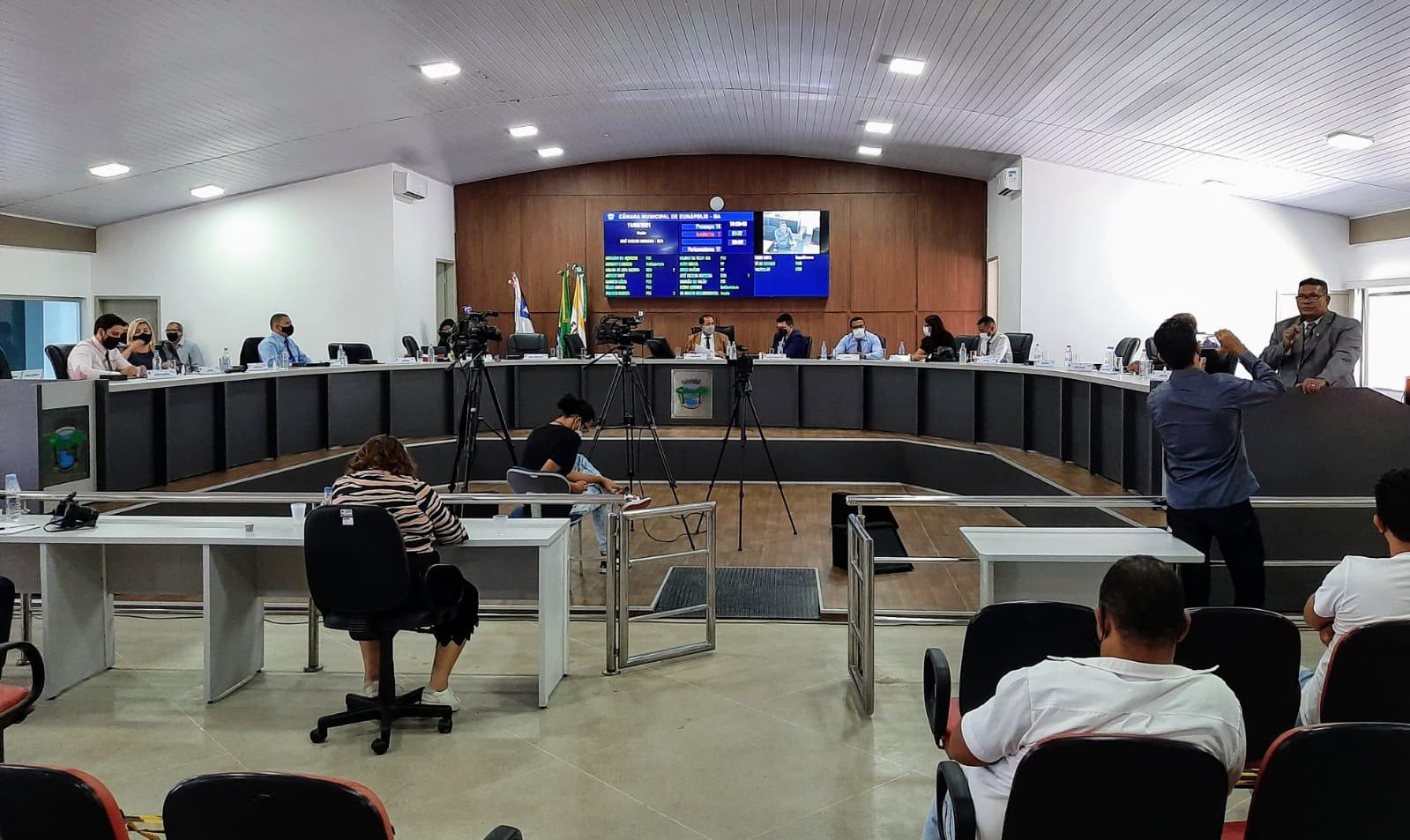 Câmara de Eunápolis aprova projeto que autoriza Prefeitura a comprar vacinas contra Covid-19 22
