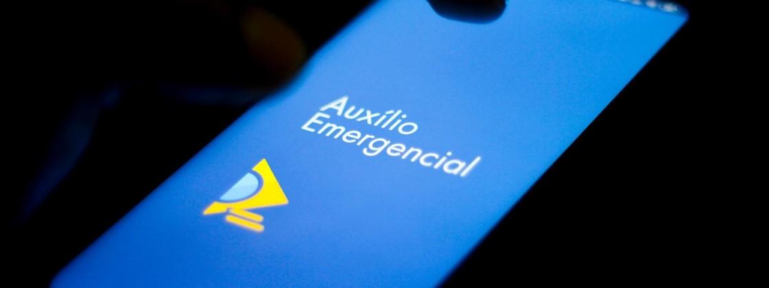 Governo antecipa saques do auxílio emergencial; veja novo calendário 22