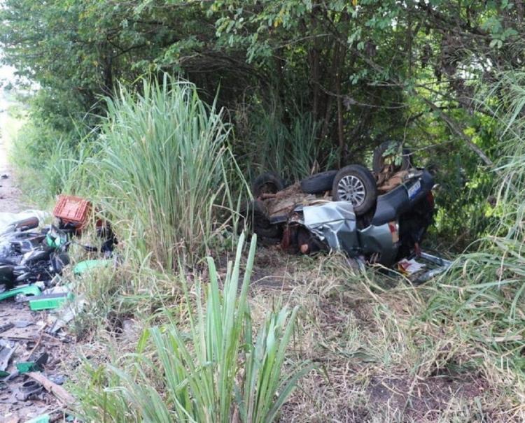 Cinco pessoas morrem durante grave acidente em Eunápolis 18