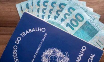 Bolsonaro autoriza redução ou suspensão de jornada por mais 120 dias 17
