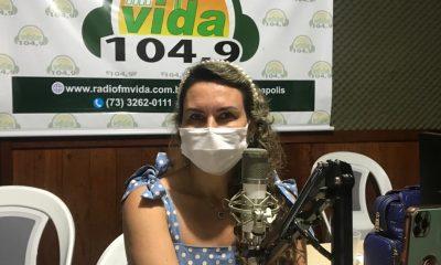 Prefeita Cordélia Torres esclarece sobre a Policlínica Regional, em Eunápolis. 69