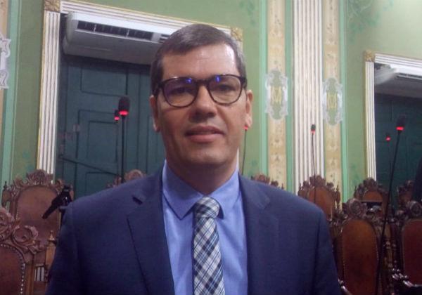 Câmara aprova projeto que visa prevenção de depressão e suicídio de policiais da Bahia 18