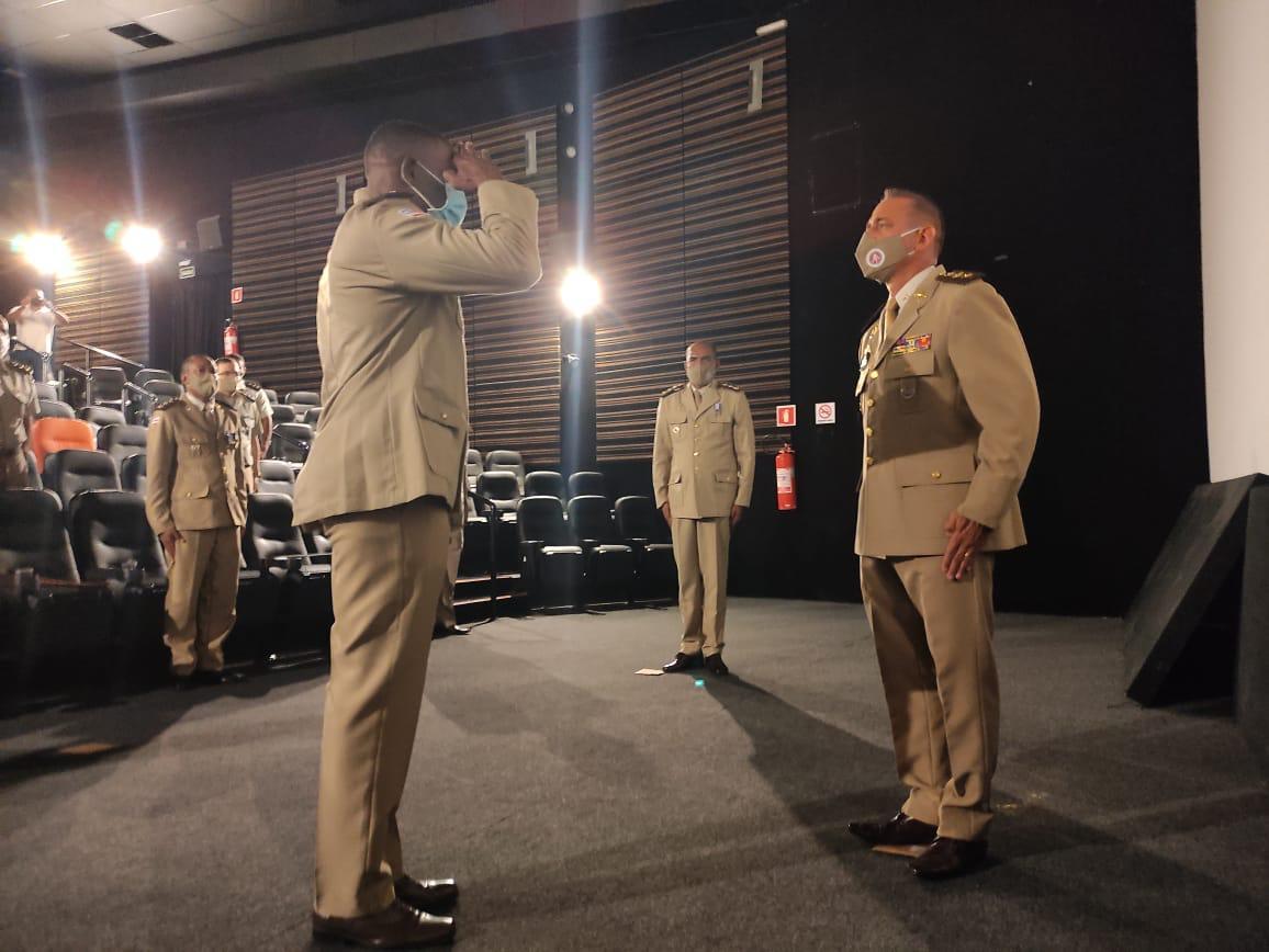 Major Neri assume o comando da 18ªCIPM/Periperi e felicita o novo comandante de Belmonte. 27