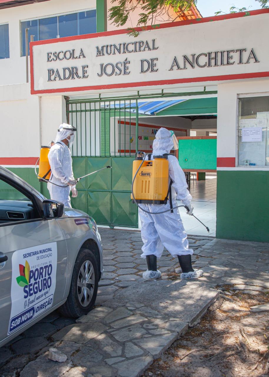 Escolas de Porto Seguro recebem sanitização contra a Covid 22