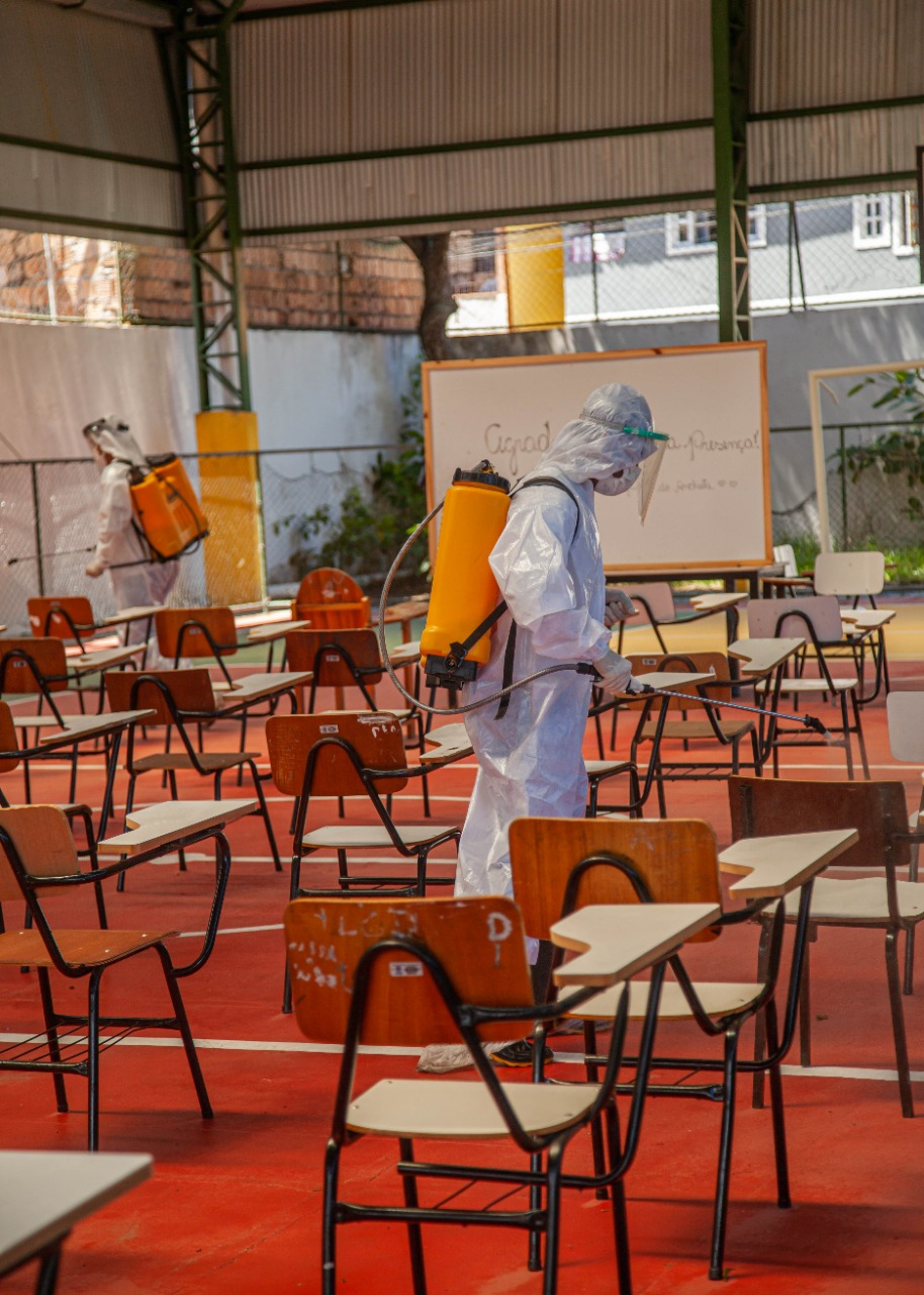 Escolas de Porto Seguro recebem sanitização contra a Covid 23