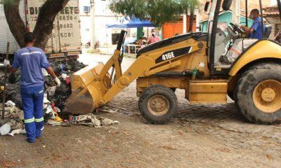 Polícia identifica dois suspeitos de descarte irregular de lixo em via pública 16