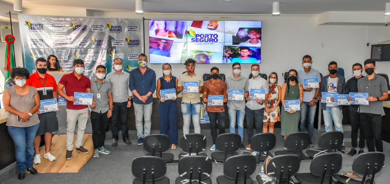 Porto Seguro: Novos conselheiros da Juventude tomam posse 21
