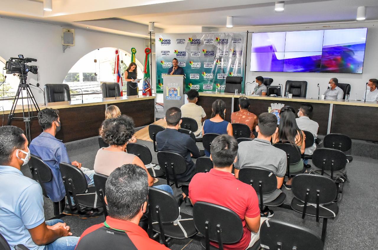 Porto Seguro: Novos conselheiros da Juventude tomam posse 20