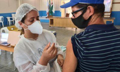 Segunda dose da vacina contra Covid-19 está garantida em Eunápolis 31