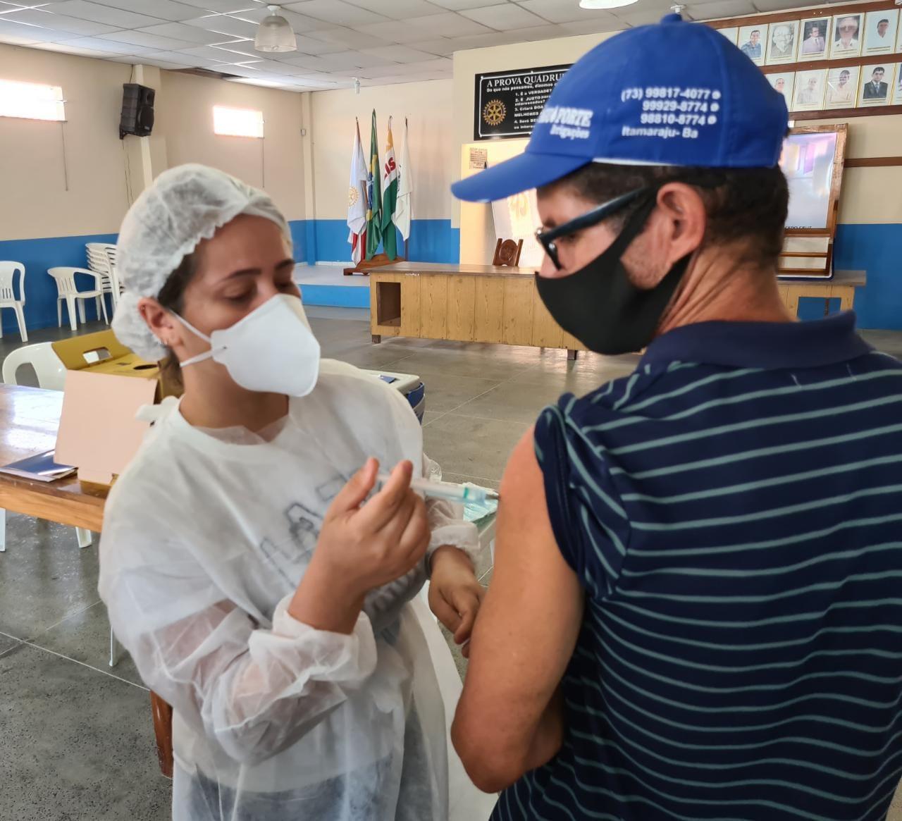 Segunda dose da vacina contra Covid-19 está garantida em Eunápolis 22