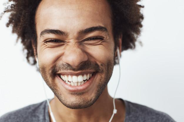 Odontologia estética: Descubra o que é e como ela pode renovar a sua autoestima 23