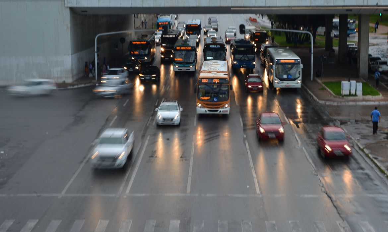 Mudanças no Código de Trânsito começam a valer neste mês 20