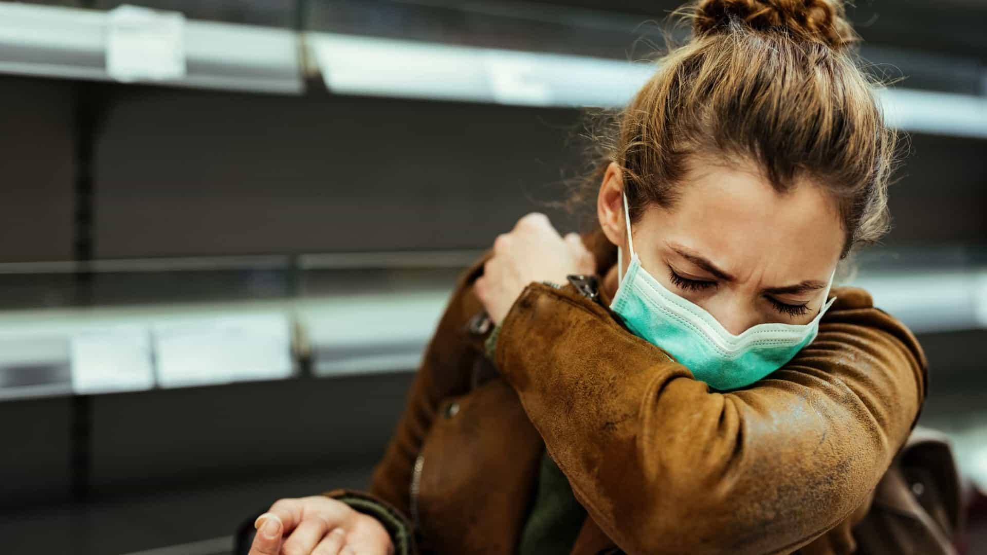 Gripe ou coronavírus? Quatro sinais de que está com 'tosse de Covid' 18