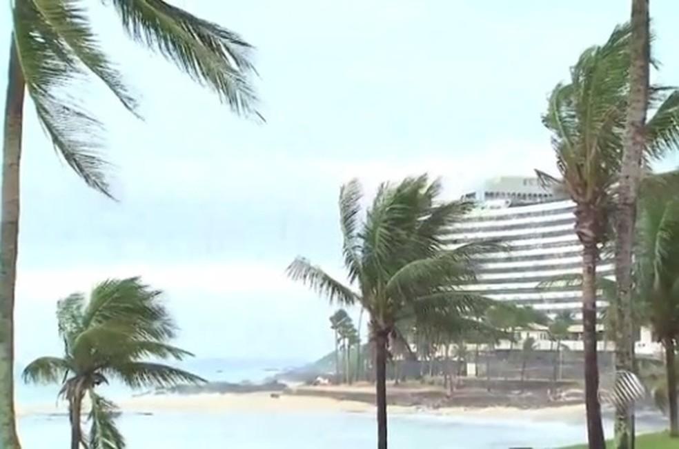 Marinha emite alerta de mau tempo com previsão de ventos de até 60 km/h na Bahia 18