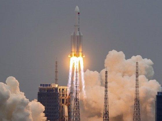 Foguete chinês descontrolado cairá na Terra nos próximos dias 36