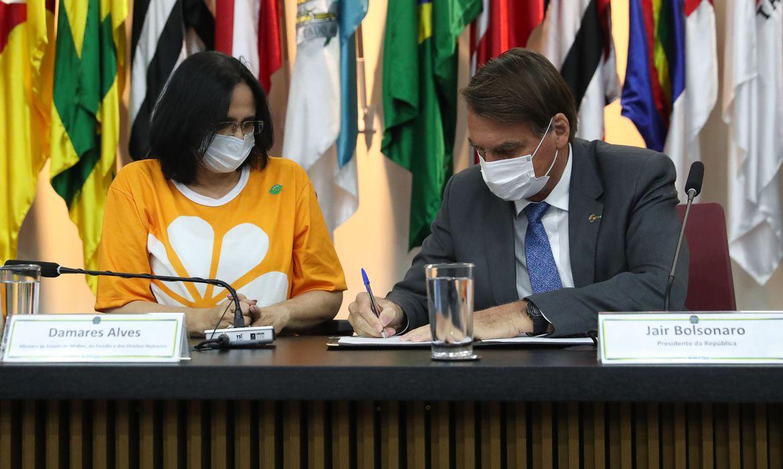 Governo Federal lança campanha de combate à violência contra crianças e adolescentes 18