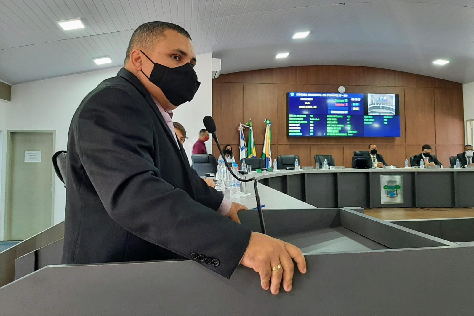 Francis anuncia R$ 400 mil em emendas do deputado Leur para Eunápolis 18