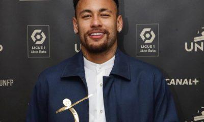 Funcionária da Nike diz que foi forçada a fazer sexo oral em Neymar; empresa rompeu contrato com o atleta 16